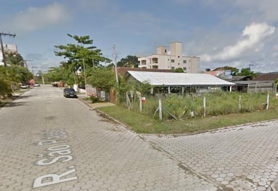 Casa de 3 dormitórios em Perequê, Porto Belo - SC