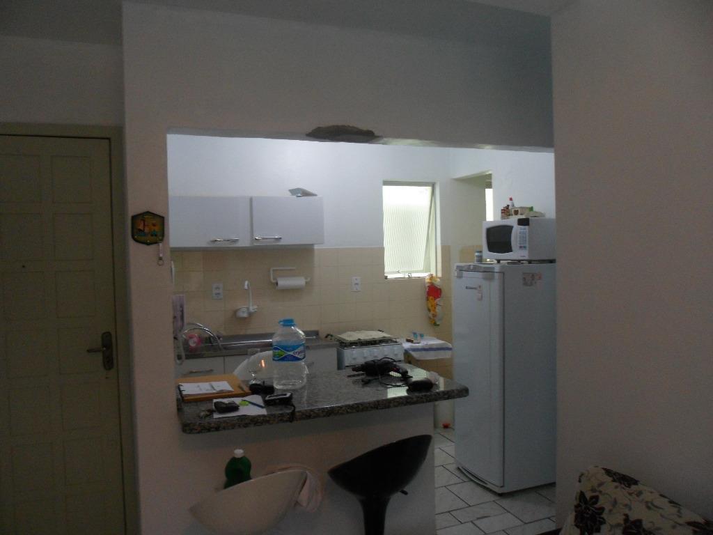 Apartamento de 3 dormitórios em Centro, Laguna - SC