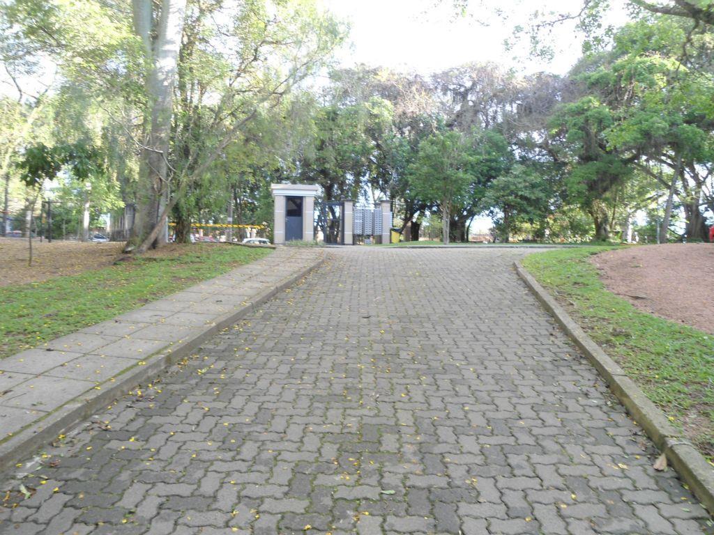 Apartamento de 2 dormitórios em Guarujá, Porto Alegre - RS