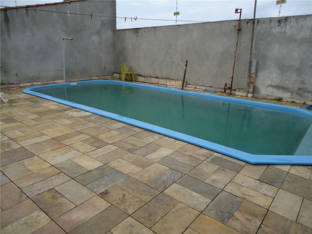 Casa de 7 dormitórios à venda em Cavalhada, Porto Alegre - RS