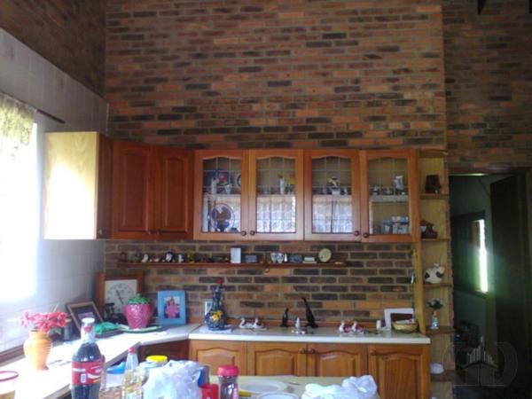 Sítio de 4 dormitórios em Restinga, Porto Alegre - RS