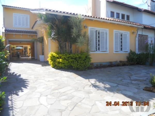 Casa de 4 dormitórios em Espírito Santo, Porto Alegre - RS