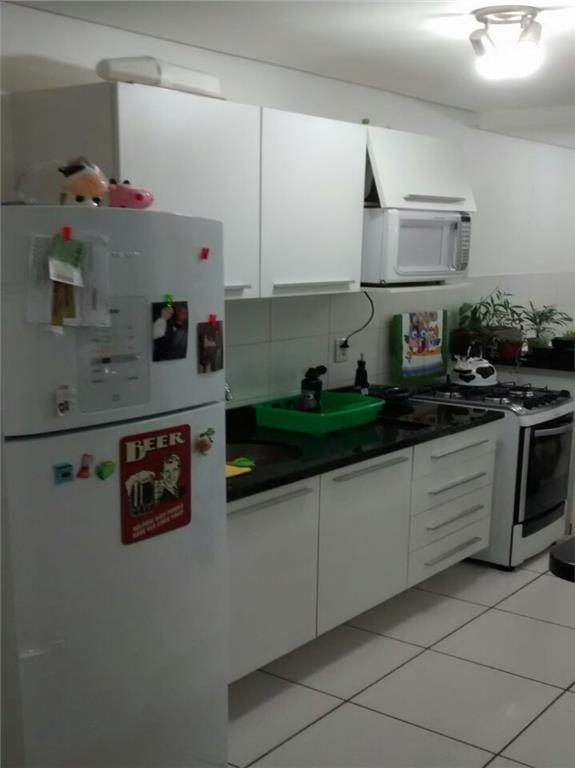 Apartamento de 2 dormitórios em Industrial, Novo Hamburgo - RS