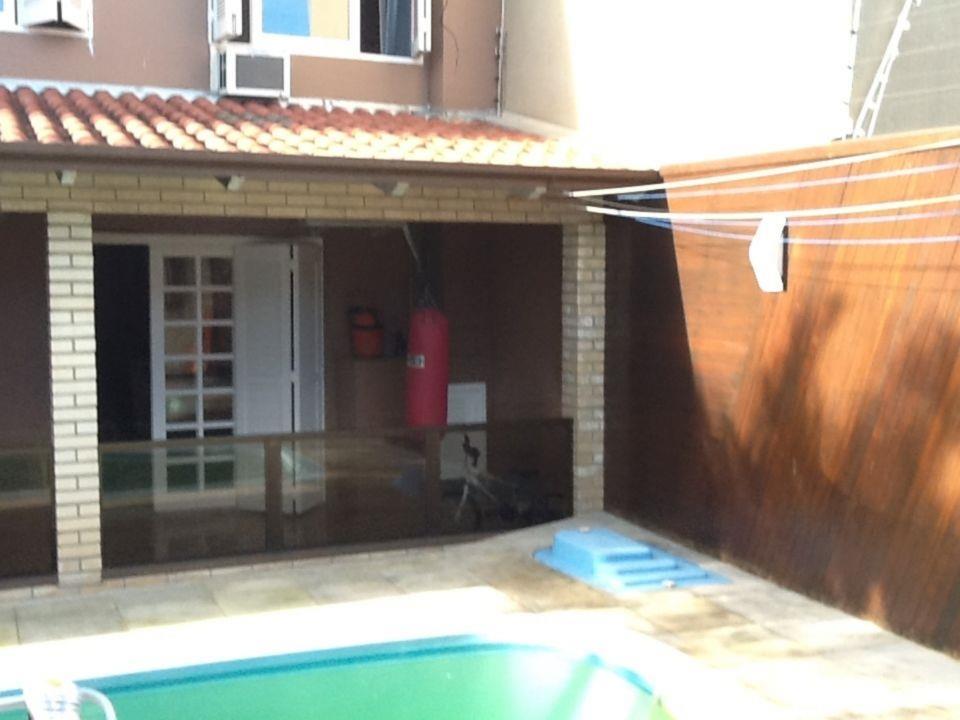 Sobrado de 5 dormitórios em Paraíso, Sapucaia Do Sul - RS