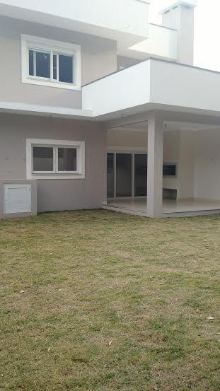 Sobrado de 4 dormitórios em Marechal Rondon, Canoas - RS