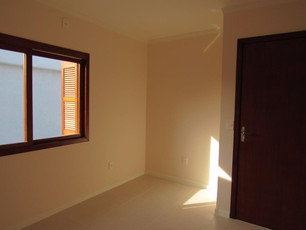 Sobrado de 3 dormitórios em Nossa Senhora Das Graças, Canoas - RS