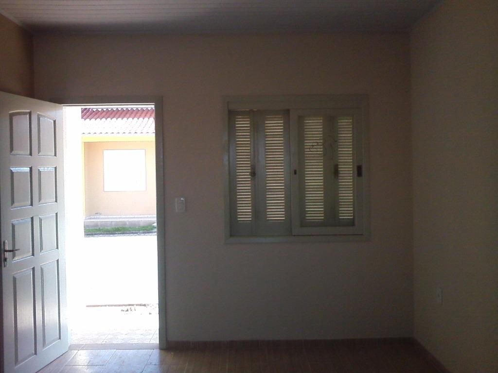 Casa de 2 dormitórios à venda em Berto Círio, Nova Santa Rita - RS