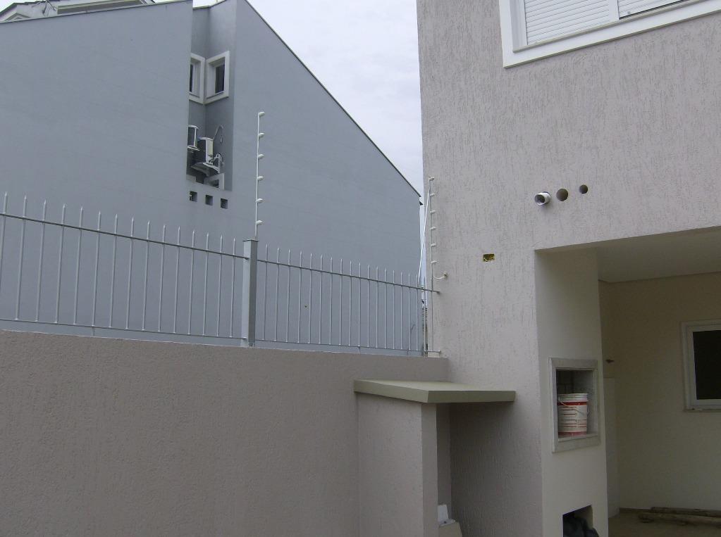 Sobrado de 2 dormitórios em Nossa Senhora Das Graças, Canoas - RS