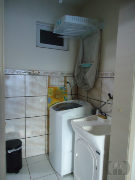 Casa de 2 dormitórios à venda em Fátima, Canoas - RS
