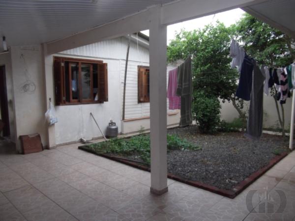 Casa de 2 dormitórios à venda em Harmonia, Canoas - RS