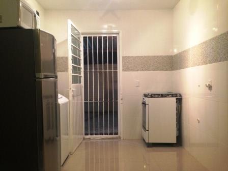 Sobrado de 2 dormitórios em Estância Velha, Canoas - RS