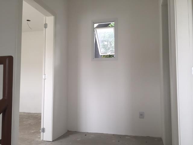 Sobrado de 2 dormitórios à venda em Fátima, Canoas - RS