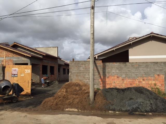Casa de 2 dormitórios à venda em Mathias Velho, Canoas - RS