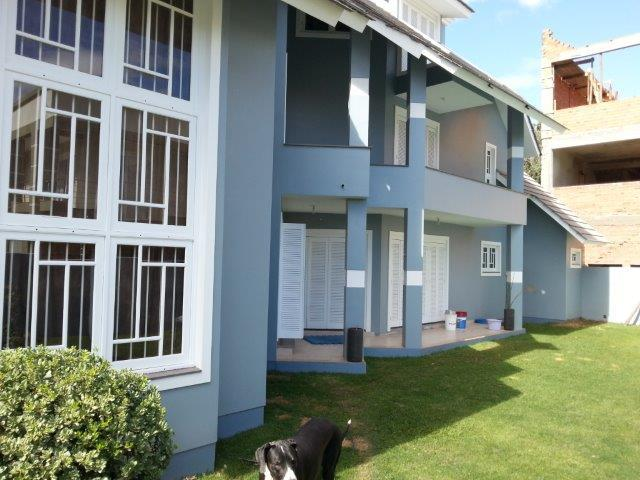 Sobrado de 3 dormitórios à venda em Marechal Rondon, Canoas - RS