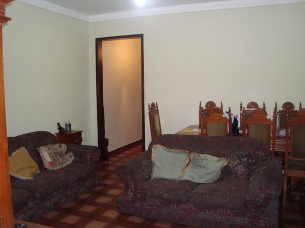 Casa de 3 dormitórios em Parque São Jorge, São Paulo - SP
