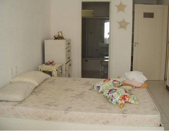 Apartamento de 3 dormitórios à venda em Pitangueiras, Guarujá - SP