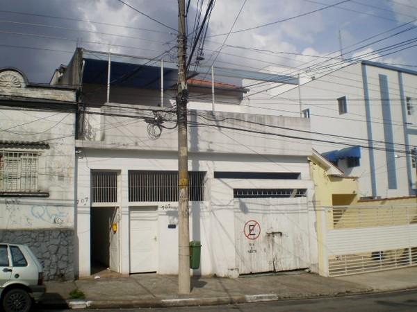 Prédio em Penha, São Paulo - SP