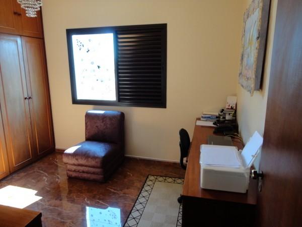Sobrado de 5 dormitórios à venda em Tatuapé, São Paulo - SP