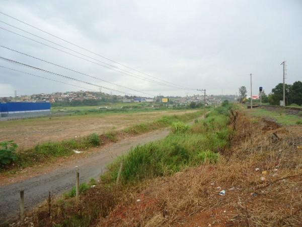 Terreno à venda em Una, Itaquaquecetuba - SP