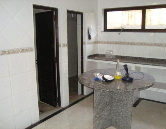 Sobrado de 6 dormitórios à venda em Centro, Arujá - SP