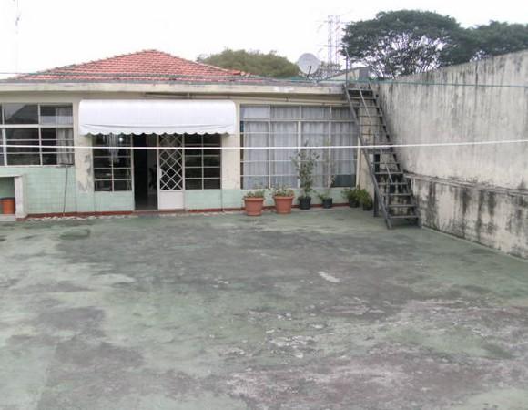 Prédio em Vila Antonieta, São Paulo - SP