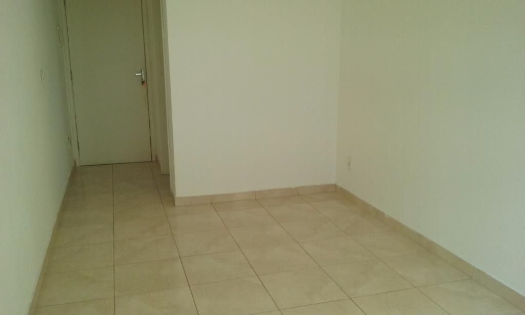 Apartamento de 2 dormitórios em Maranhão, São Paulo - SP