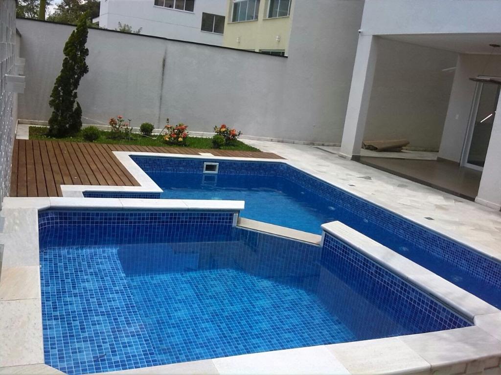 Casa de 4 dormitórios à venda em Aruã, Mogi Das Cruzes - SP