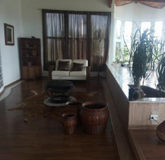 Sobrado de 4 dormitórios em Canto Das Águas, Igaratá - SP