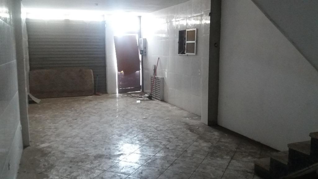Sobrado à venda em Vila Carrão, São Paulo - SP