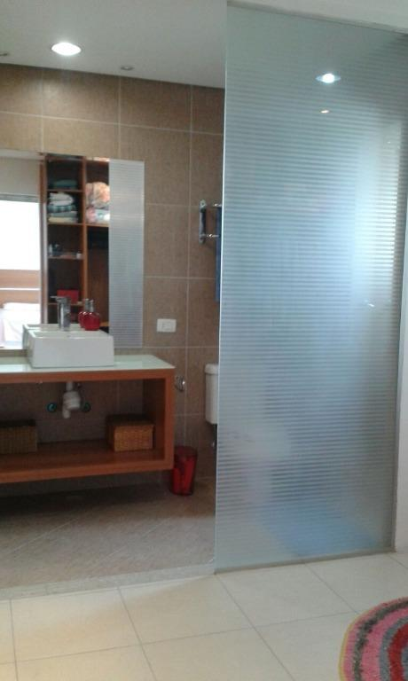 Sobrado de 3 dormitórios em Aricanduva, São Paulo - SP