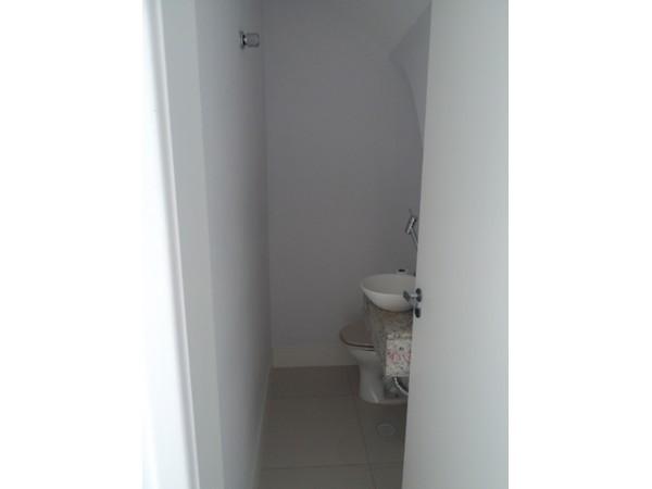 Sobrado de 3 dormitórios em Vila Aricanduva, São Paulo - SP