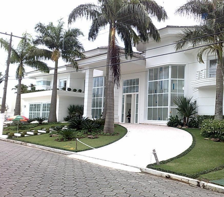 Sobrado de 8 dormitórios em Jardim Acapulco, Guarujá - SP
