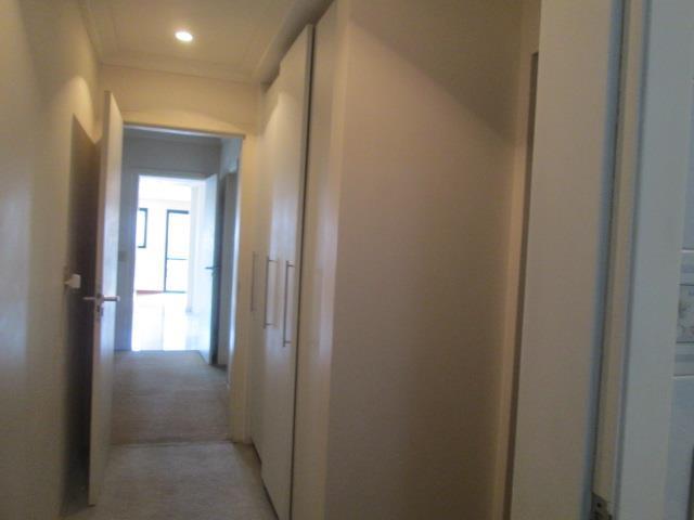 Apartamento de 3 dormitórios em Vila Carrão, São Paulo - SP
