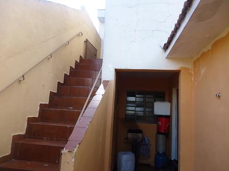 Casa de 3 dormitórios à venda em Vila Antonieta, São Paulo - SP