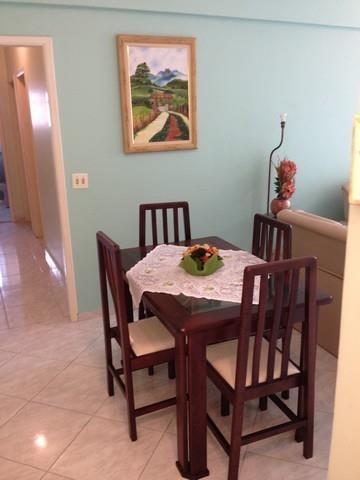 Apartamento de 2 dormitórios em Astúrias, Guarujá - SP