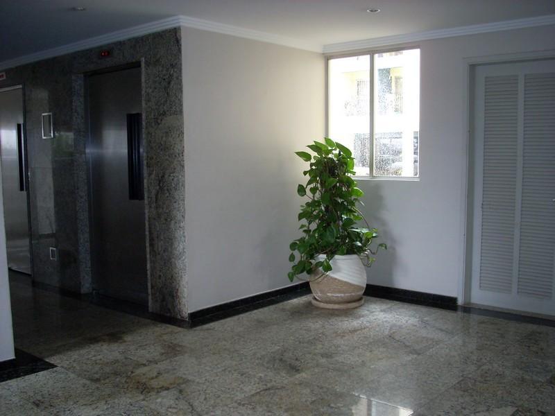 Apartamento de 2 dormitórios à venda em Parque Tomas Saraiva, São Paulo - SP