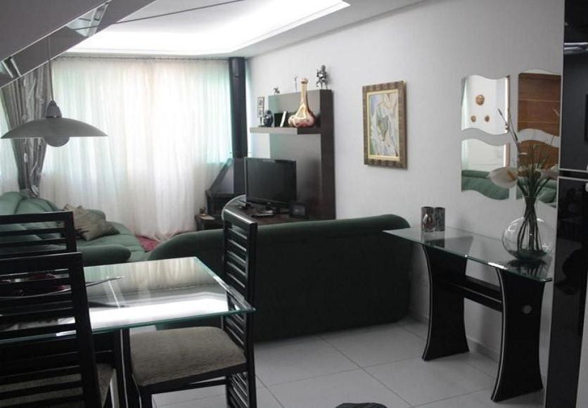 Sobrado de 2 dormitórios em Vila Santa Clara, São Paulo - SP