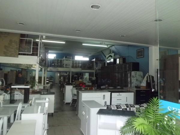 Prédio à venda em Itaquera, São Paulo - SP