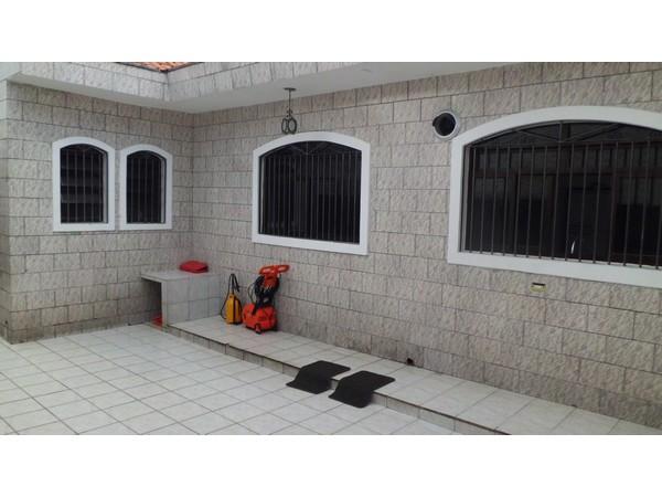 Casa de 3 dormitórios à venda em Vila Carrão, São Paulo - SP