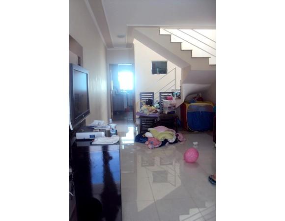 Sobrado de 3 dormitórios em Carrão, São Paulo - SP