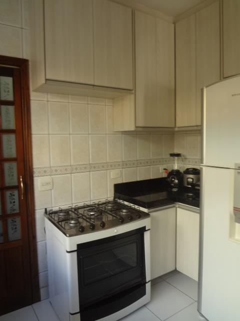 Sobrado de 4 dormitórios em Vila Carrão, São Paulo - SP