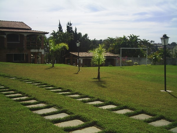 Chácara de 3 dormitórios à venda em Jardim Estância Brasil, Atibaia - SP