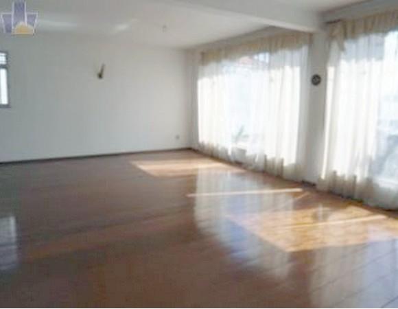 Casa de 5 dormitórios em Penha, São Paulo - SP