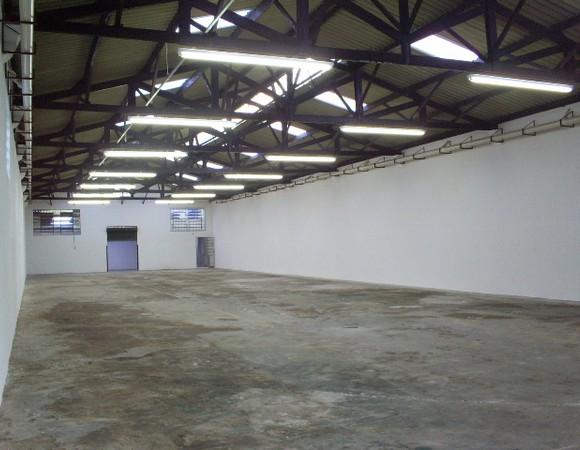 Galpão à venda em Belém, São Paulo - SP