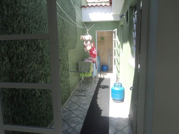 Casa de 2 dormitórios em Vila Carrão, São Paulo - SP