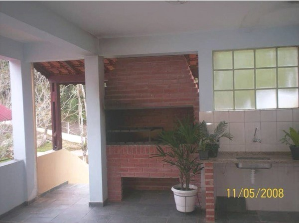 Sítio de 3 dormitórios em Jaguarí, Santa Isabel - SP