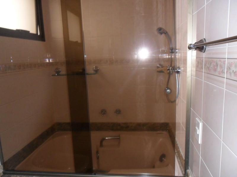 Apartamento de 3 dormitórios à venda em Vila Invernada, São Paulo - SP