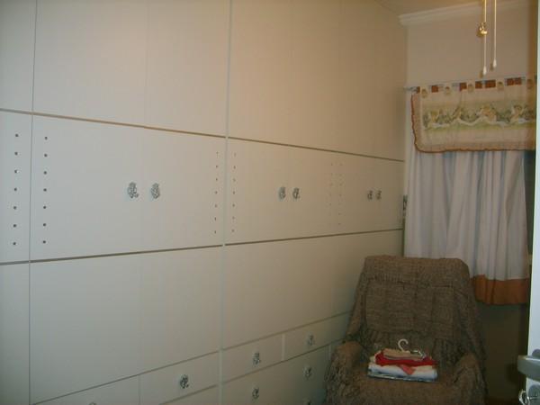 Sobrado de 4 dormitórios em Vila Fernandes, São Paulo - SP