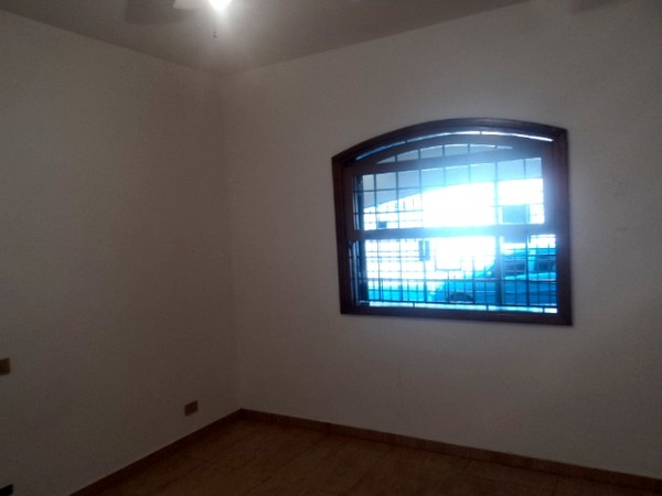 Casa de 2 dormitórios em Penha, São Paulo - SP