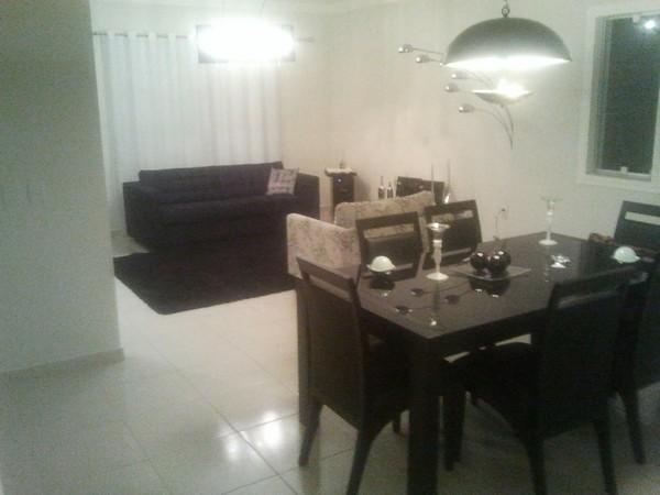Sobrado de 3 dormitórios em Bairro Do Bosque, Vinhedo - SP